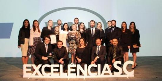 É tempo de celebrar! Somos troféu diamante no Prêmio Catarinense da Excelência 2017
