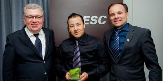 Projeto Reciclagem de Plástico Misto da IRANI conquista Troféu Onda Verde no Prêmio Expressão de Ecologia