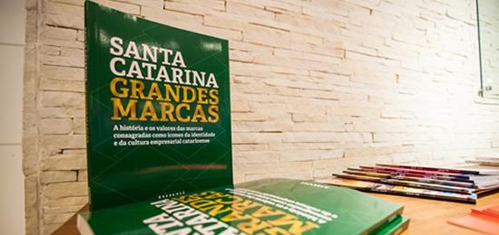 IRANI is on book that tells the success stories of companies from Santa Catarina