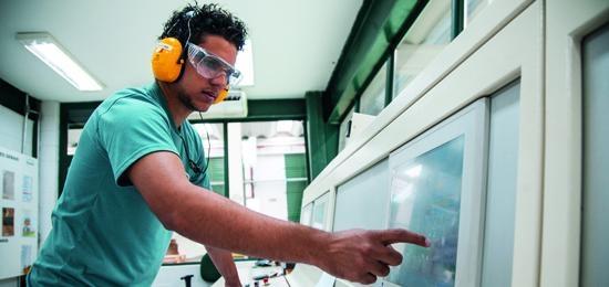 Celulose Irani apresenta Ebitda ajustado de R$ 43,3 milhões no 2T15, 25,1% superior em relação ao do 2T14